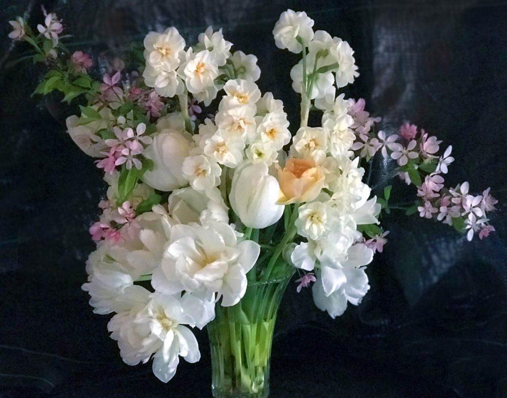 large arrangement, spring flowers, narcissus, tulip, elegant floral design
